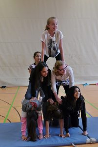 Akrobatik am See_4a